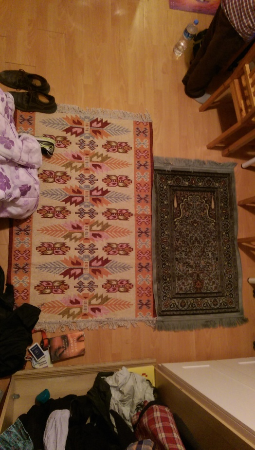 Bursa rug on the left, Grand Bazaar rug (7 times more expensive) on the right