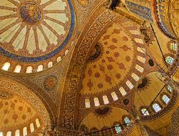 Patterns on the dome of mosques.